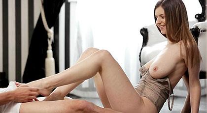 Stella cox, big tits and pretty feet