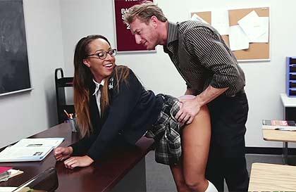 colegiala con su profesor Search - XVIDEOSCOM