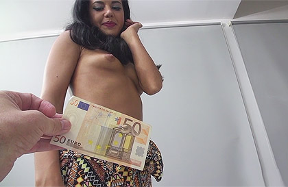 Apolonia Lapiedra fucks for money and takes a good dash of cum on her face