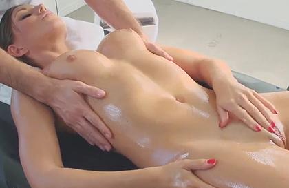masajes a tetonas muscular