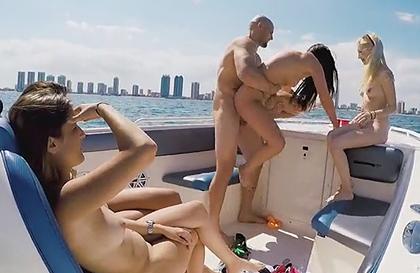 fotos de tias culonas orgía gay