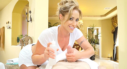 Jordi El Ni�o Polla and his girlfriend are looking to relax, but massage therapist Eva Notty has other plans for the young man