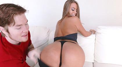 Jill Kassidy\'s adorable and enjoyable ass