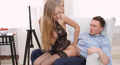 Ariel Temple puts on her best lingerie to satisfy her lover with an anal