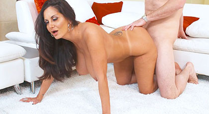 Learning to fuck with mature Ava Addams