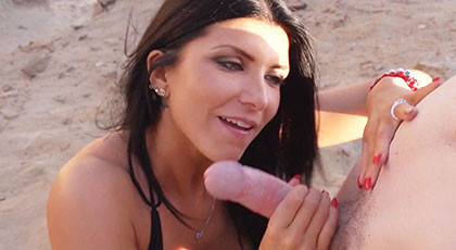 Romi Rain fucking on the beach on vacation