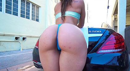 Kelsi Monroe showing off all over town