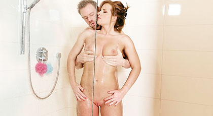 Sex in the shower with my beautiful neighbor