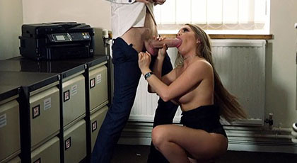 Sporadic sexual encounter with the secretary