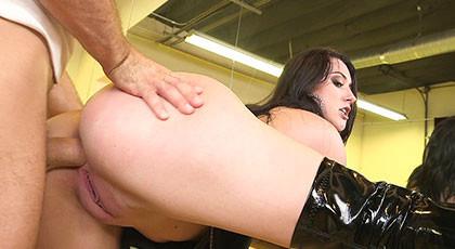 Internal cum in the mandy ass