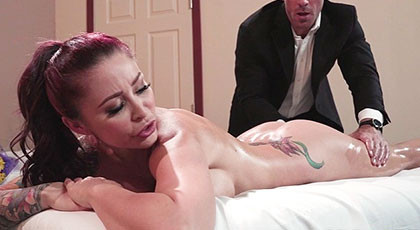 Massaging and fucking Monique\'s perfect tattooed body