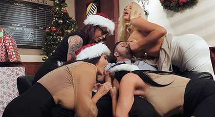 Group sex for Christmas