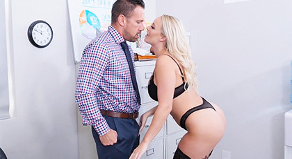 Porn perversion in the office with the hottest secretary