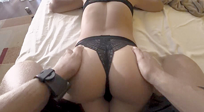 Amateur videos, the ass in my wife's panties
