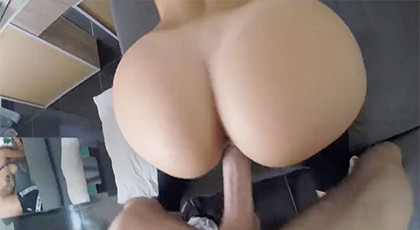 Amateur videos, the big round ass of his wife