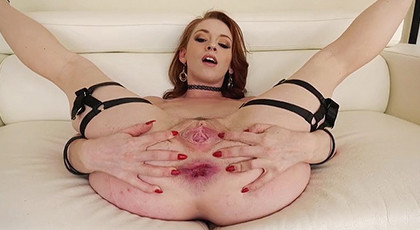 A Perfect Anal With Pretty Redhead