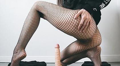 Amateur videos, masturbating with dildo and in erotic lingerie