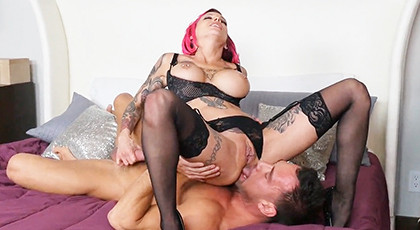 Sex with tattooed girl in sexy lingerie