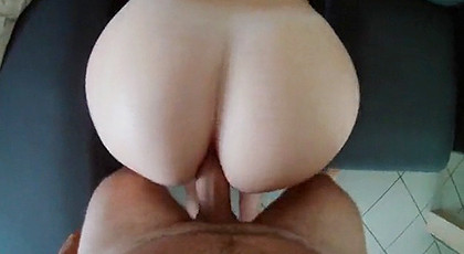 Amateur videos, my wife\'s round ass