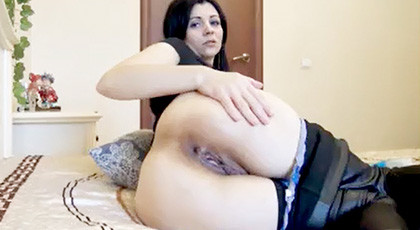 Amateur Videos, Play With Your Ass At Home