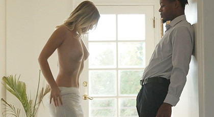 Infidelity of a blonde with a black man