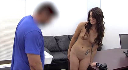 Young girl in her first anal casting