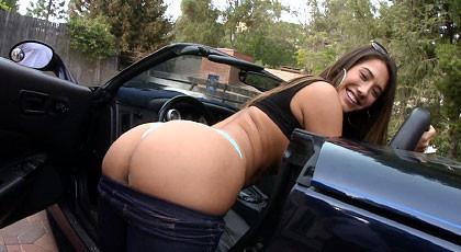 Outdoor fucking with Eva Lovia
