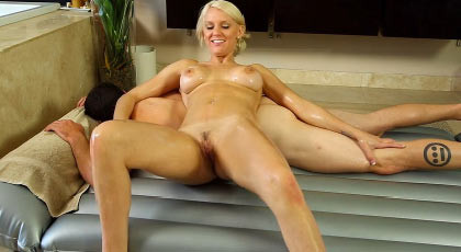 Sex nuru massage with a sexy busty blonde