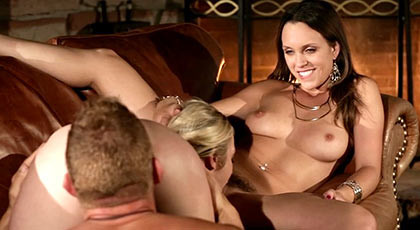 Trio sex with two mature house wives who know how to suck a cock until empty your balls of semen