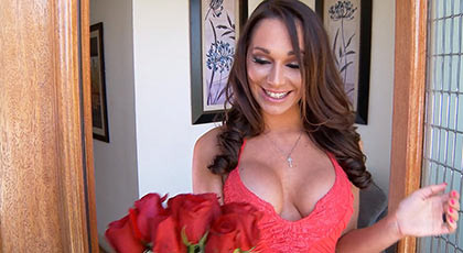 Mature Woman receives flowers and a cock