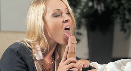 Victoria Summers gives his boss a blowjob followed by a rude unforgettable sex session with a happy ending