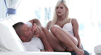 Glorious blonde who loves to suck her toes while fucked on all fours like a bitch will fill the toes with a good cumshot