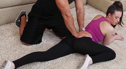 Fucking with an elastic girl, who practices yoga and deep fellatio