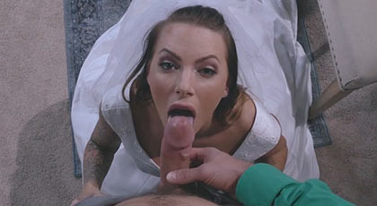 Fucking to the bride, for her narrow ass in the day of her marriage