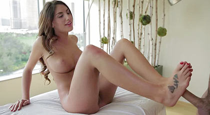 Jerking with feet to fuck hard by her wet pussy