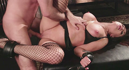 First porn scene of Lea Alexis she is sodomized until the limits of pain and pleasure