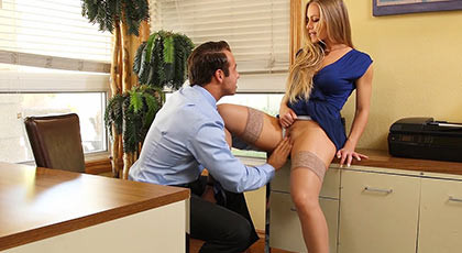 Beautiful blond secretary with a goddess body fucking with her boss in the office