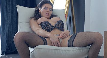 sexy busty brunette enjoys a good lick from her cunt and anal penetration a good ending with a spectacular cumshot in her face