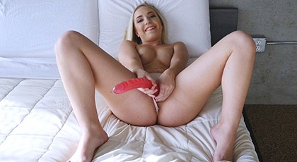 While mom is in the other room, Amy Summers masturbates and looking desperate cock his stepbrother to calm his excited hormones