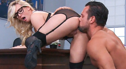 The Chief of Aj Applegate, finds a dildo in the desk drawer and decides to give something better than a toy to her hot secretary