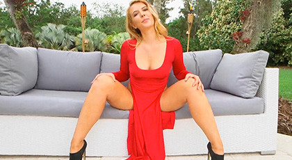 You\'re going to freak out with the ass hiding under that red dress, ther amazing ass of Shauna Skye