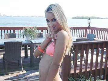 The Bikini Cutie Uma Jolie