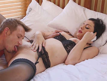 Fucking a milf with pussy hairy and dressed in fine lingerie