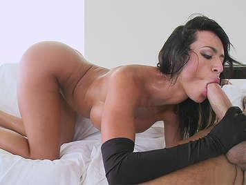 The Colombian assed Franceska Jaimes sucking cock fucking hard and swallowing a good cumshot