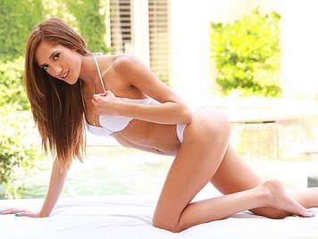 Beautiful Latina in Bikini, covered in oil fucked by the pool