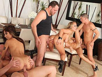 Singles orgy