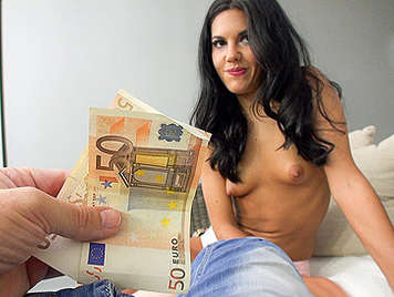 The Spanish porn star Apolonia Lapiedra sucks a cock for money