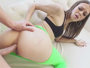 First Anal Video Porno
