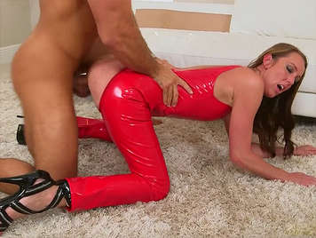 Mature nymphomaniac fucking dressed in red latex