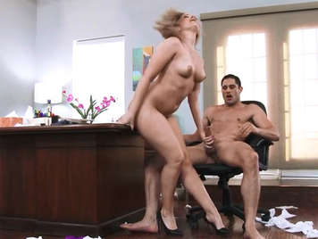 the explosive alexis texas fucking with her boss in the office